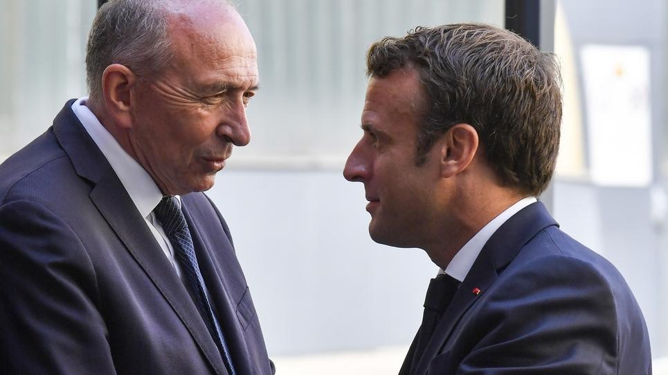 Emmanuel Macron et Gérard Collomb lors  d'une visite à Villeurbanne, près de Lyon le 8 juillet 2019