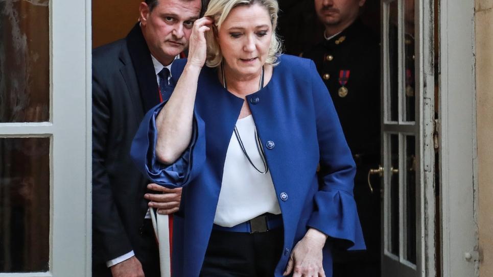 Marine Le Pen et Louis Alliot à l'hôtel Matignon, le 3 décembre 2018 à Paris