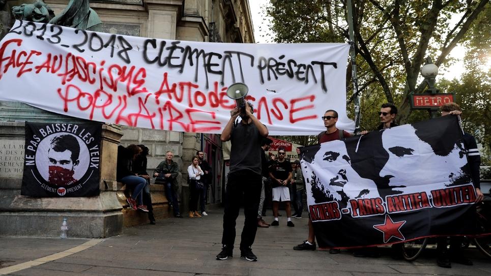 A la veille du procès Méric, des manifestants sont réunis place Saint-Michel à Paris, le 3 septembre 2018