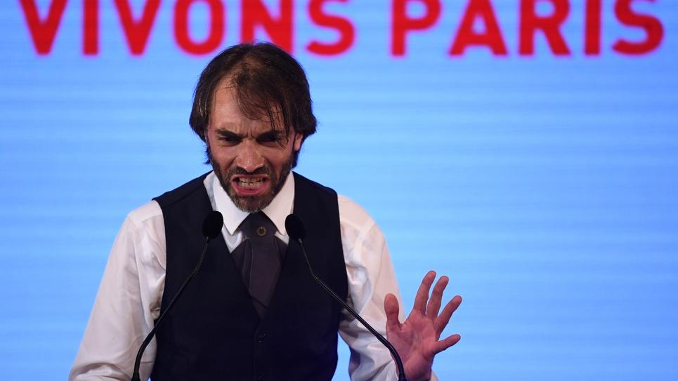 Cédric Villani, durant un meeting à Paris le 4 juillet 2019.