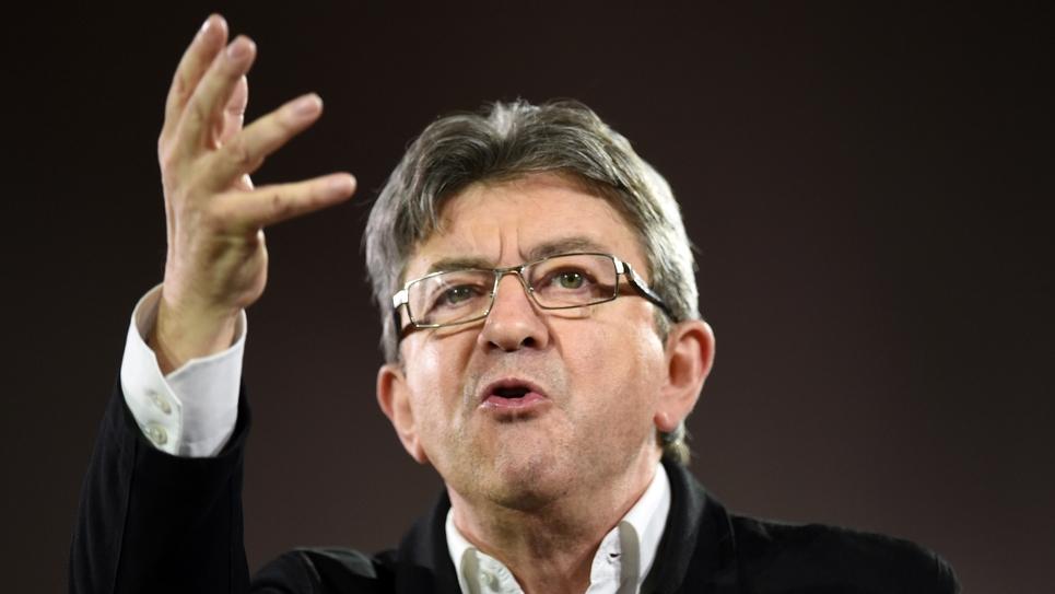 Jean-Luc Mélenchon, le candidat de la France Insoumise à l'élection présidentielle, lors d'un meeting à Lille, le 12 avril 2017