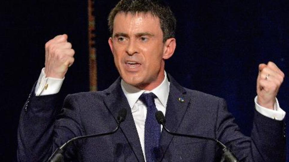 Le Premier ministre Manuel Valls, le 27 février 2015 à Betton (Ille-et-Vilaine), lors d'un meeting du parti socialiste pour les prochaines élections départementales