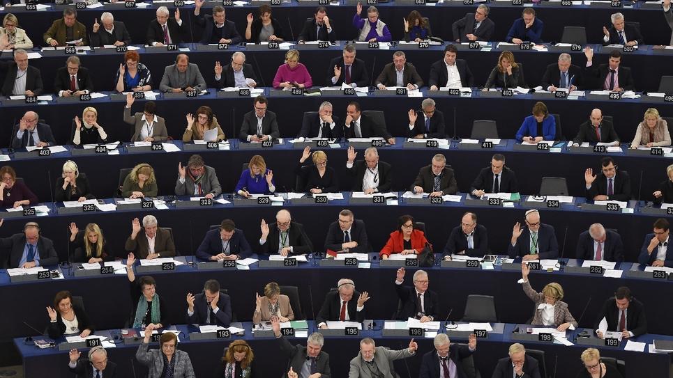 Le Parlement européen, réuni à Strasbourg, le 6 février 2018