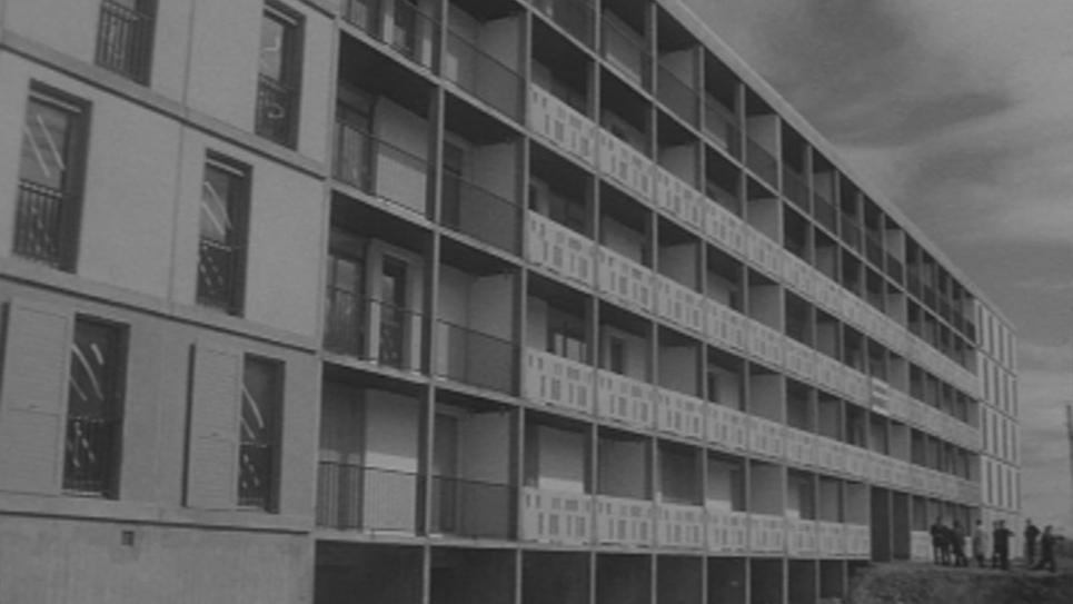 1964, les logements des rapatriés d'Algérie.jpg