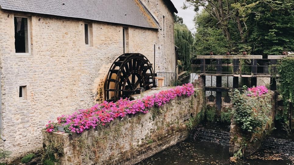 La question des moulins à eau a fait l'objet de longs débats lors de l'examen du projet de loi climat et résilience