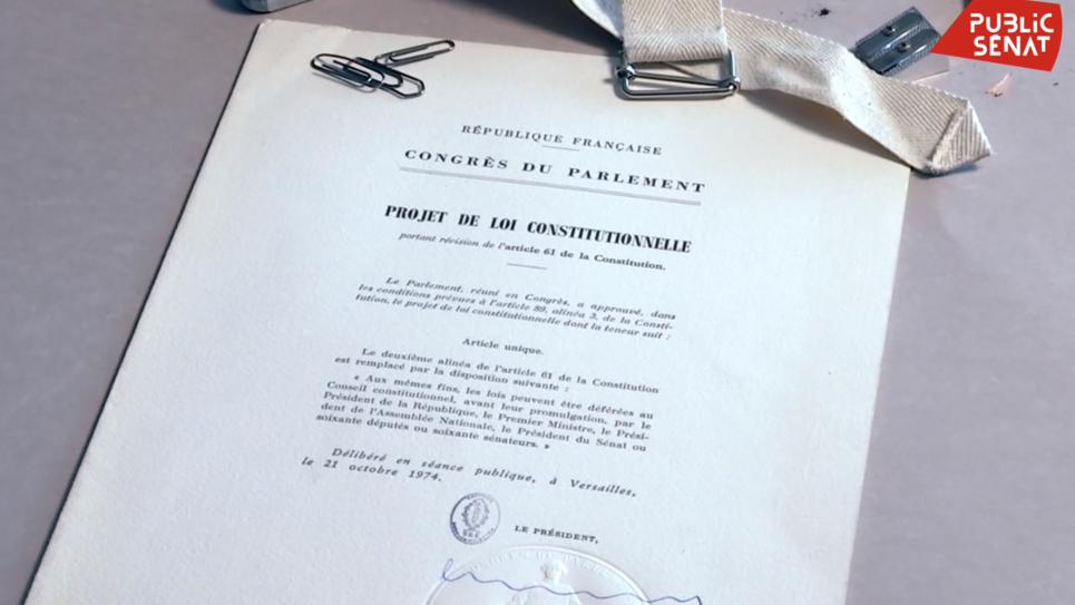 Présentation du projet de réforme constitutionnelle en 1974
