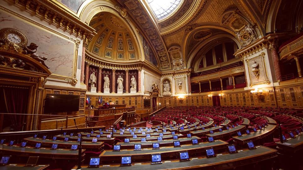senat hemicycle ecran 026