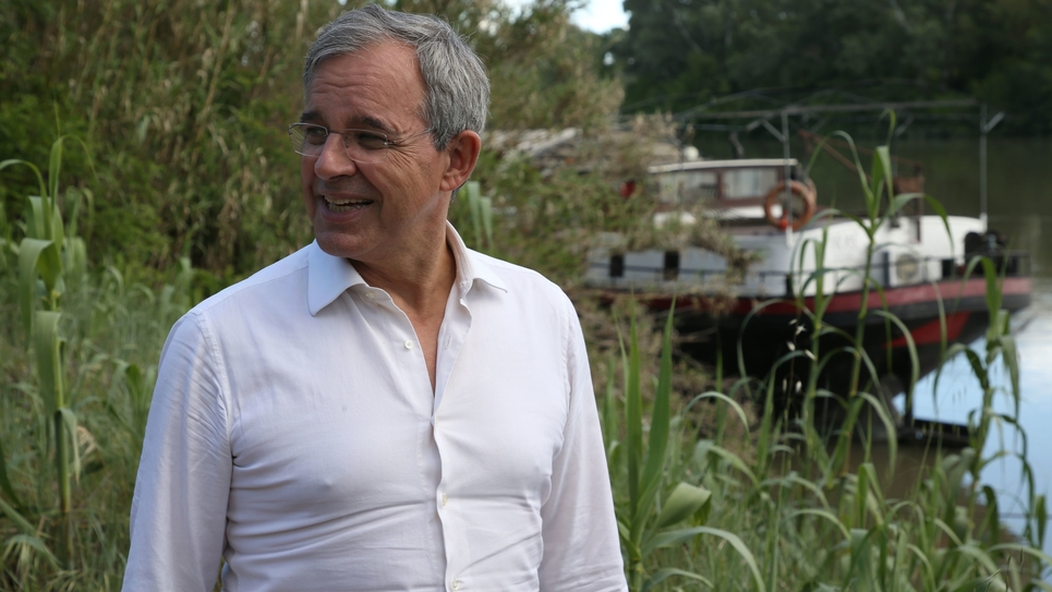 Thierry Mariani visits the island of Barthelasse in Avignon