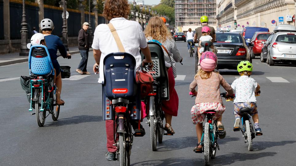 Des cyclistes à Paris, le 16 septembre 2018