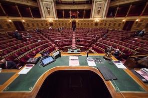 Le renouvellement le 24 septembre de la moitié du Sénat, qui clôt la séquence électorale 2017, constitue un premier test pour Emmanuel Macron et La République en marche, qui a révisé à la baisse son ambition de peser à la Haute assemblée.