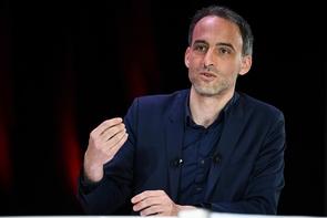 L'essayiste Raphaël Glucksmann, tête de liste Place publique/PS, le 11 avril 2019 à Paris