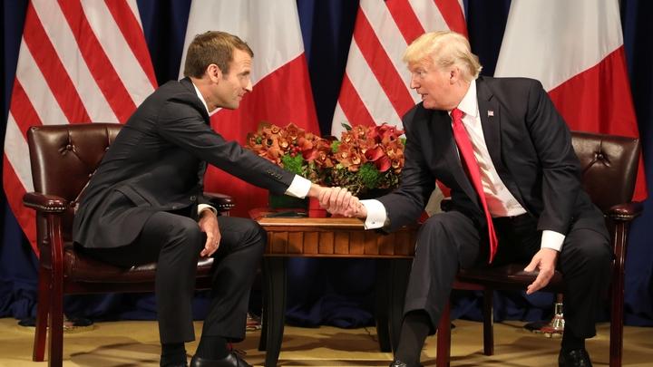 Le président français Emmanuel Macron rencontre le président américain Donald Trump le 18 septembre 2017 à l'ONU à New York