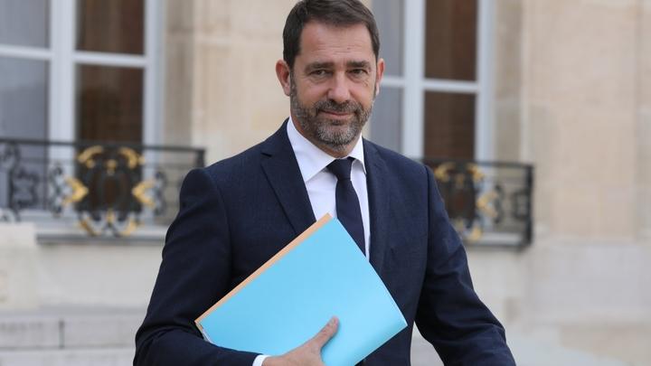 Le porte-parole du gouvernement Christophe Castaner quittant l'Elysée après un conseil des ministres, à Paris, le 18 octobre 2017