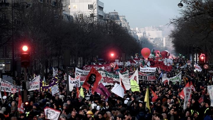 Manifestation à Paris le 16 janvier 2020 contre le projet de réforme des retraites