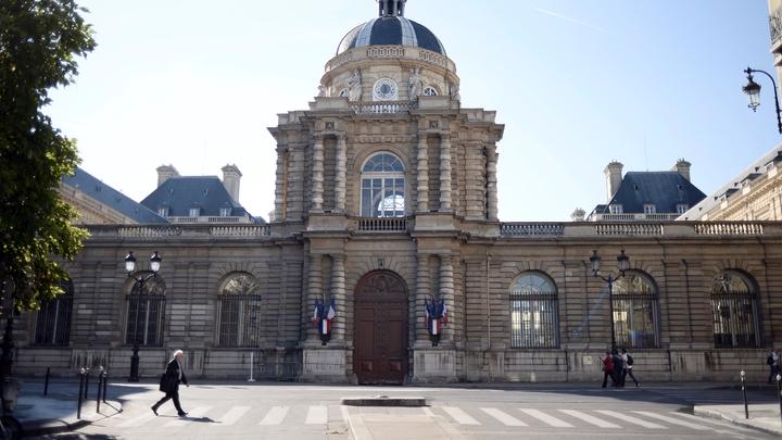 """Le Sénat présente son plan pour """"remettre l'économie française sur les rails"""""""