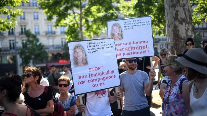 Manifestation contre les féminicides et les violences faites aux femmes, le 6 juillet 2019 à Paris