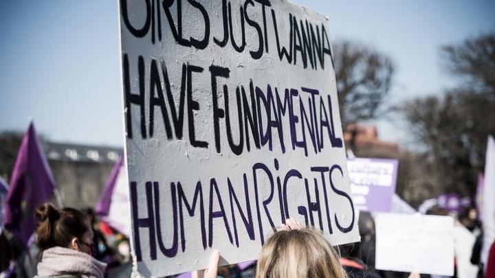 FRA : PARIS : Journee mondiale des droits des femmes
