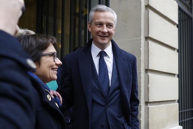 """Bruno Le Maire, lauréat du du Prix """"Press Club, Humour et Politique"""" 2016, le 22 novembre 2016, à Paris"""