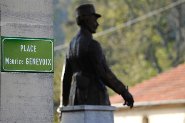 Un monument et une plaque à la mémoire de Maurice Genevoix, le 6 novembre 2018 aux Eparges