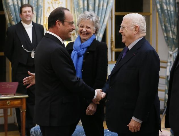 Michel Charasse avec le président François Hollande en 2015 à la mairie de Puy-Guillaume (Puy-de-Dome)