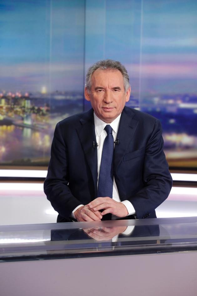 Le président du Modem François Bayrou sur la plateau de TF1 à Boulogne-Billancourt le 31 janvier 2017