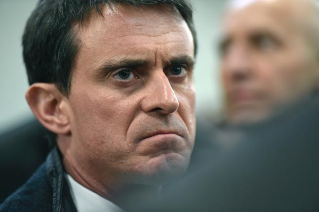 Manuel Valls visite l'entreprise à but socio-économique (EBS) Le relais en Lorraine à Allain le 27janvier 2017