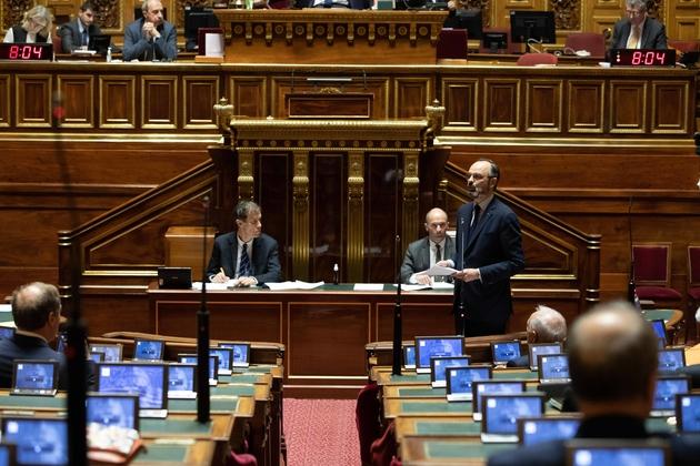"""""""J'ai besoin du contrôle du Parlement"""" explique Edouard Philippe, le 19 mars 2020."""
