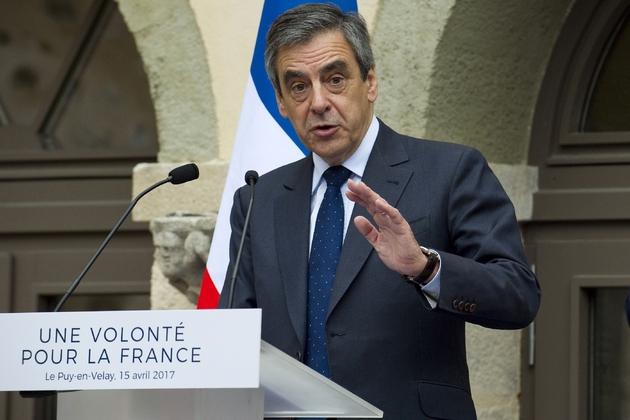 François Fillon candidat de la droite à la présidentielle le 15 avril 2017 à Puy-en-Velay