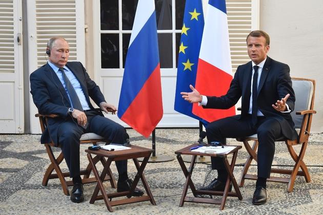 Le président Emmanuel Macron reçoit le 19 août 2019 au Fort de Brégançon son homologue russe Vladimir Poutine