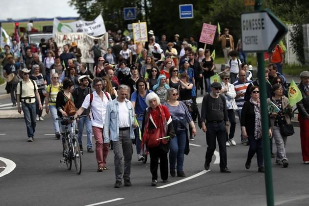 Manifestation contre le projet de zone commerciale Europacity dans le Val-d'Oise, le 21 mai 2017