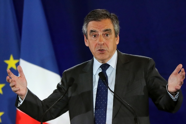 Le candidat Les Républicains à la présidentielle François Fillon lors d'un meeting à Nice le 11 janvier 2017