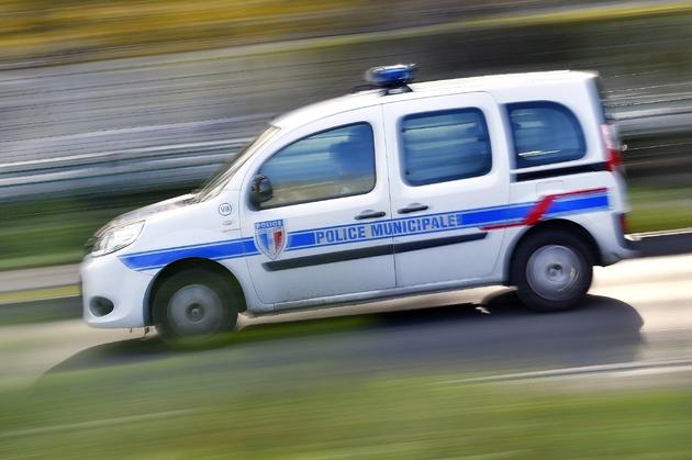 L'âge moyen d'un véhicule léger de police a augmenté entre 2012 et 2016.