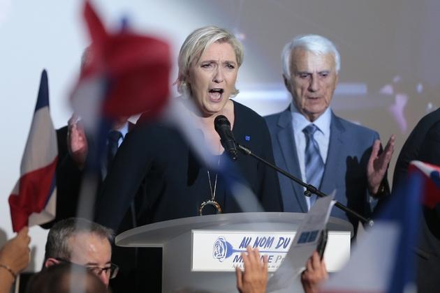 Marine Le Pen en meeting à Ajaccio, le 8 avril 2017