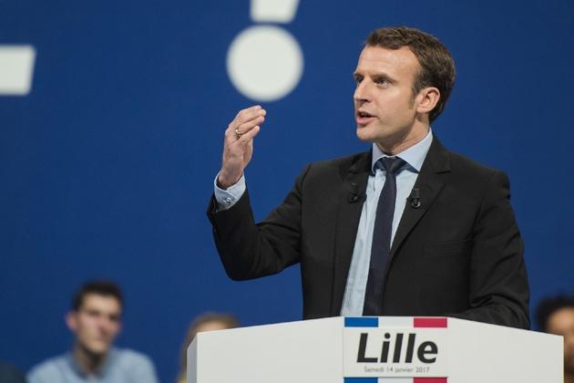 Emmanuel Macron en meeting pour la présidentielle le 14 janvier 2017 à Lille