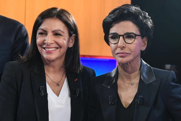Anne Hidalgo et Rachida Dati sur le plateau de LCI le 4 mars 2020 à Boulogne-Billancourt dans les Hauts-de-Seine