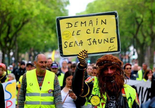 """Manifestation de """"gilets jaunes"""" à Amiens, le 25 mai 2019"""