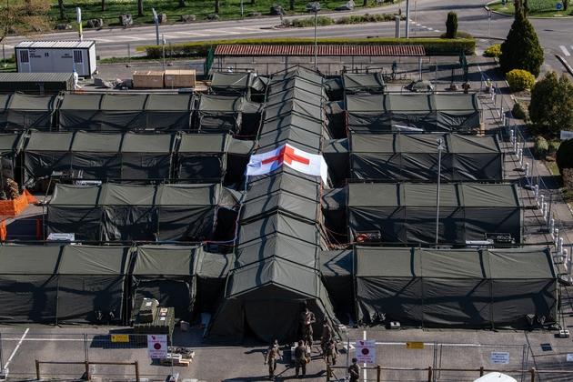 Vue de l'hôpital militaire de campagne installé à Mulhouse, le 22 mars 2020