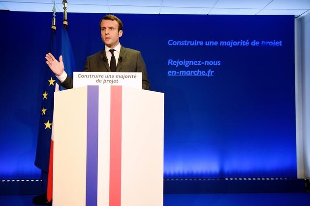 Emmanuel Macron, candidat à la présidentielle, lors d'une conférence de presse le 19 janvier 2017 à Paris