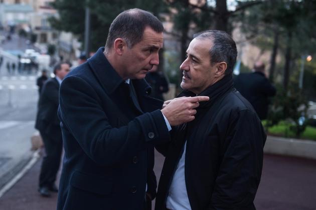le président autonomiste du conseil exécutif Gilles Simeoni (G) et l'indépendantiste Jean-Guy Talamoni(D),président de l'Assemblée de Corse, après un discours d'Emmanuel Macron à Bastia, le 7 février 2018