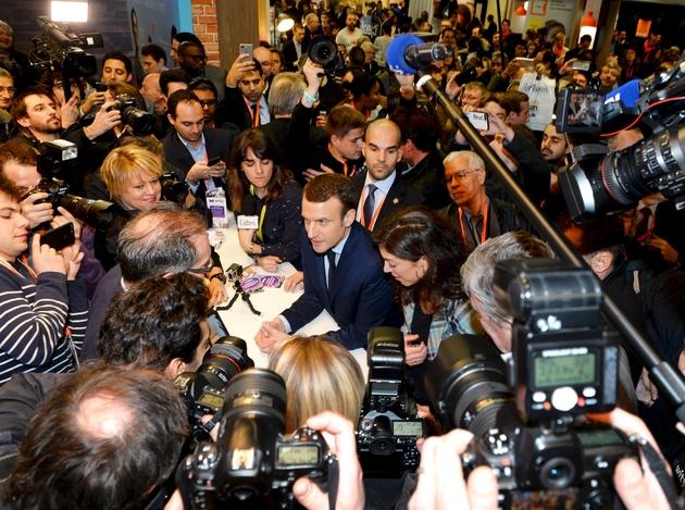Emmanuel Macron, le candidat d'En Marche!, le 2 février 2017 à Paris au Salon des Entrepreneurs