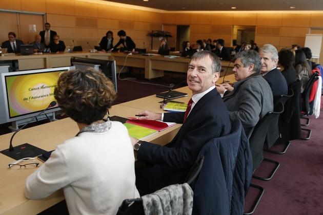 Jean-Paul Ortiz, président de la CSMF, lors de négociation avec l'assurance maladie le 24 février 2016 à Paris