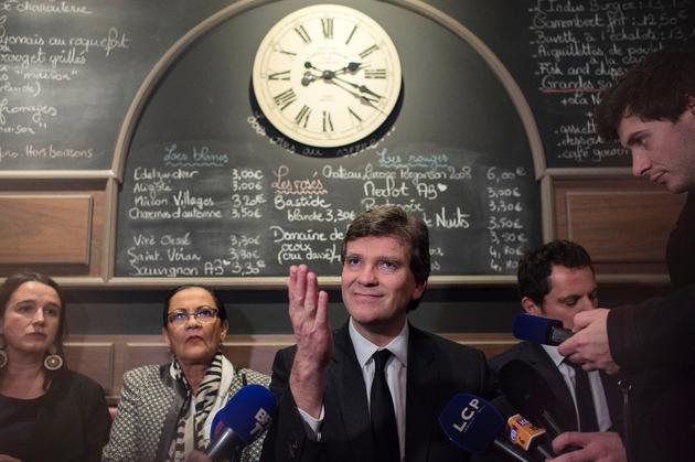 Arnaud Montebourg en campagne pour la primaire du PS le 7 décembre 2016 au Café de l'Industrie à Dijon