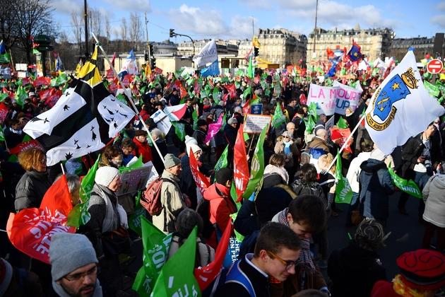Le défilé de la Manif pour tous, le 19 janvier 2020 à Paris, pour s'opposer à la PMA pour toutes.