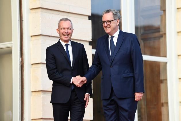 Passation de pouvoir entre Francois de Rugy et Richard Ferrand en septembre 2018 à l'hôtel de Lassay