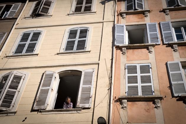 Immeubles en mauvaise conditions dans la rue d'Aubagne à Marseille le 18 novembre 2018