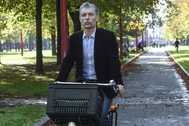 Stéphane Baly, candidat pour Les Verts (EELV), à la mairie de Lille, le 25 octobre 2019 dans un parc de Lille
