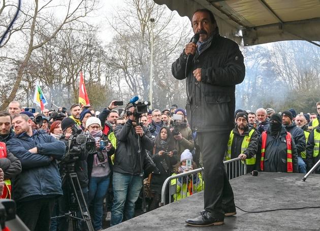 Le secrétaire général de la CGT Philippe Martinez lors d'une manifestation devant la centrale nucléaire de Gravelines (Nord), le 22 janvier 2020