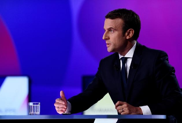 Emmanuel Macron sur France 2 à Paris le 20 avril 2017
