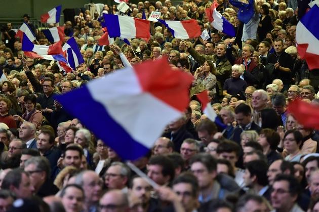 Des sympathisants de François Fillon lors d'un meeting, le 29 janvier 2017 à Paris