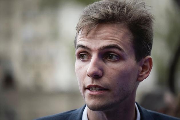 """Neveu de l'ex-maire FN de Toulon Jean-Marie Le Chevallier, ex-soutien de Virginie Calmels, Eric Tegnér défend """"l'union des droites"""", y compris extrême"""